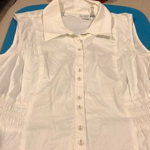 Sleeveless button down pinched shirt